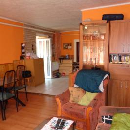 Eladó  családi ház (Kiskunlacháza, Központ) 14,9 M  Ft