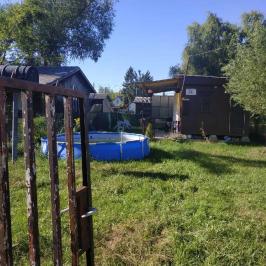 Eladó  nyaraló (Tóalmás) 2,5 M  Ft