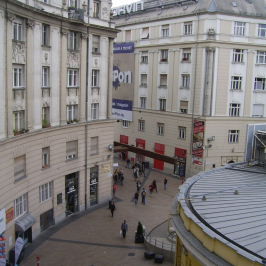 Eladó  téglalakás (<span class='notranslate'>Budapest, VIII.  </span>kerület) 53,5 M   <span class='notranslate'>Ft</span>