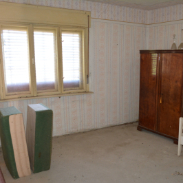 Eladó  családi ház (Fityeház) 3,5 M  Ft