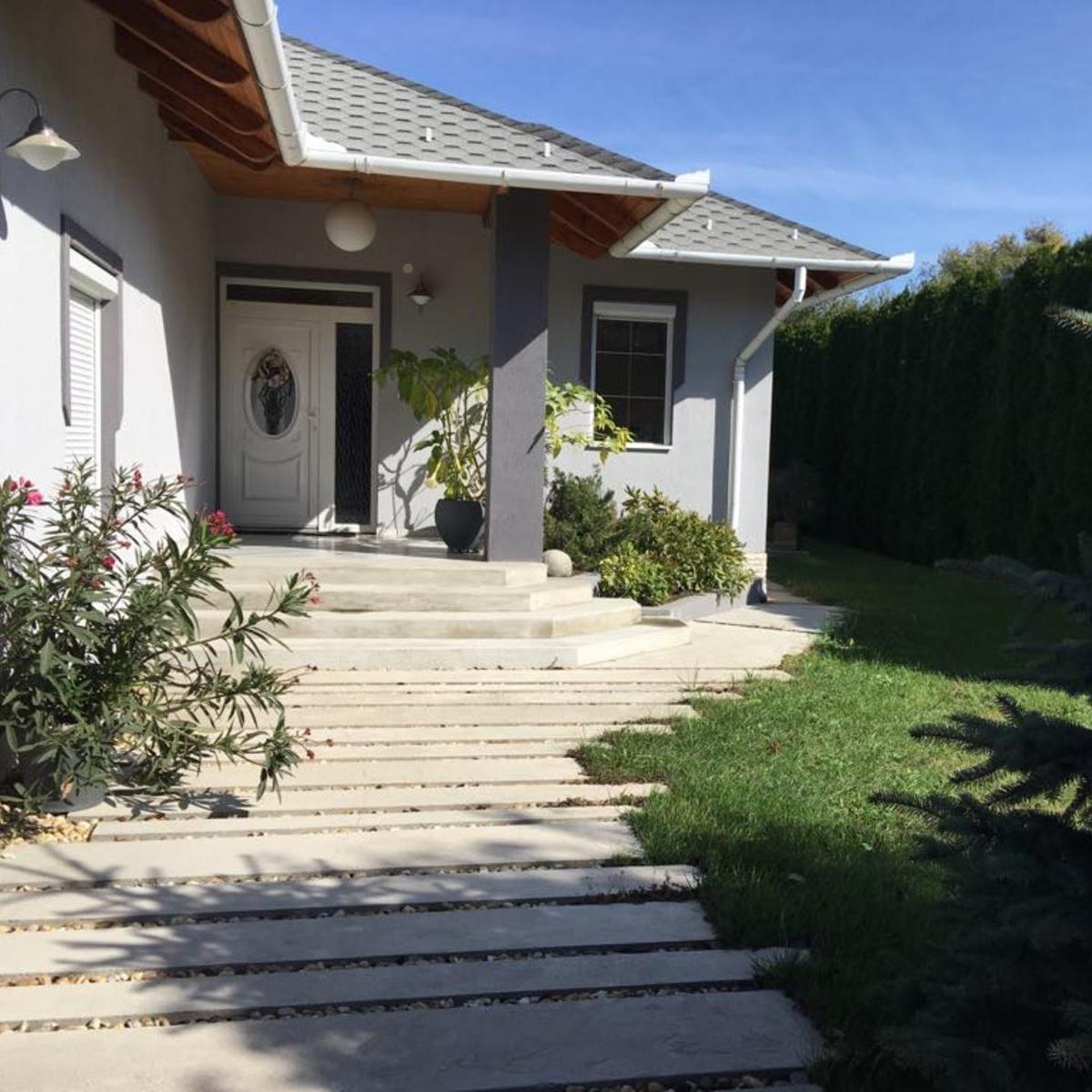 Eladó  családi ház (Fót) 129 M  Ft