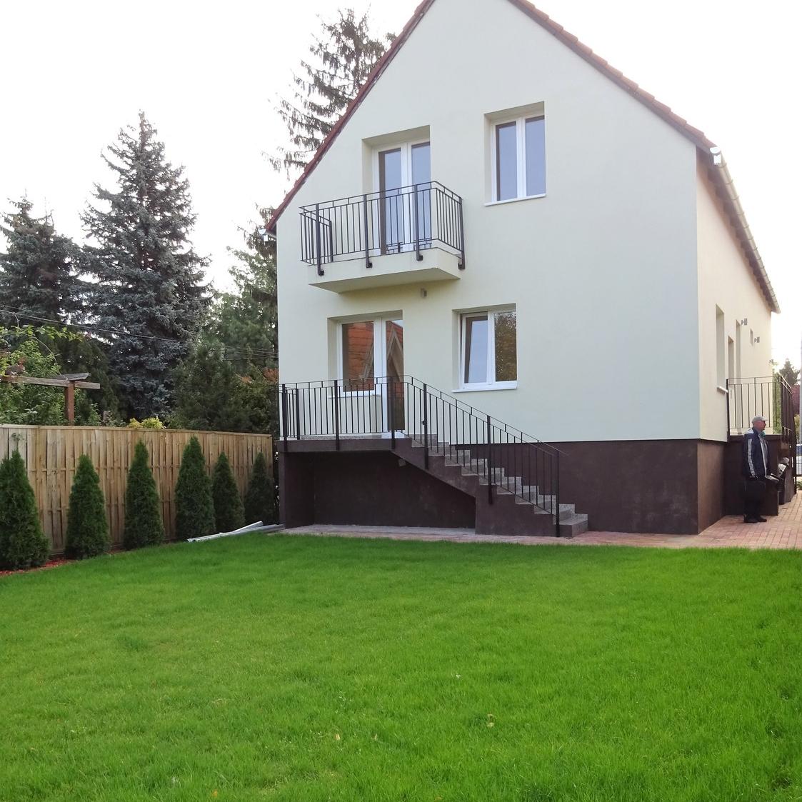 Eladó  családi ház (Budapest, III. kerület) 110 M  Ft