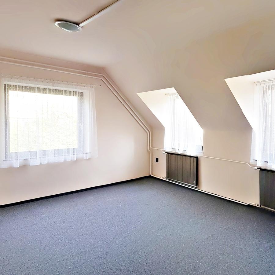 Kiadó  iroda családi házban (Budapest, XIV. kerület) 209 E  Ft/hó