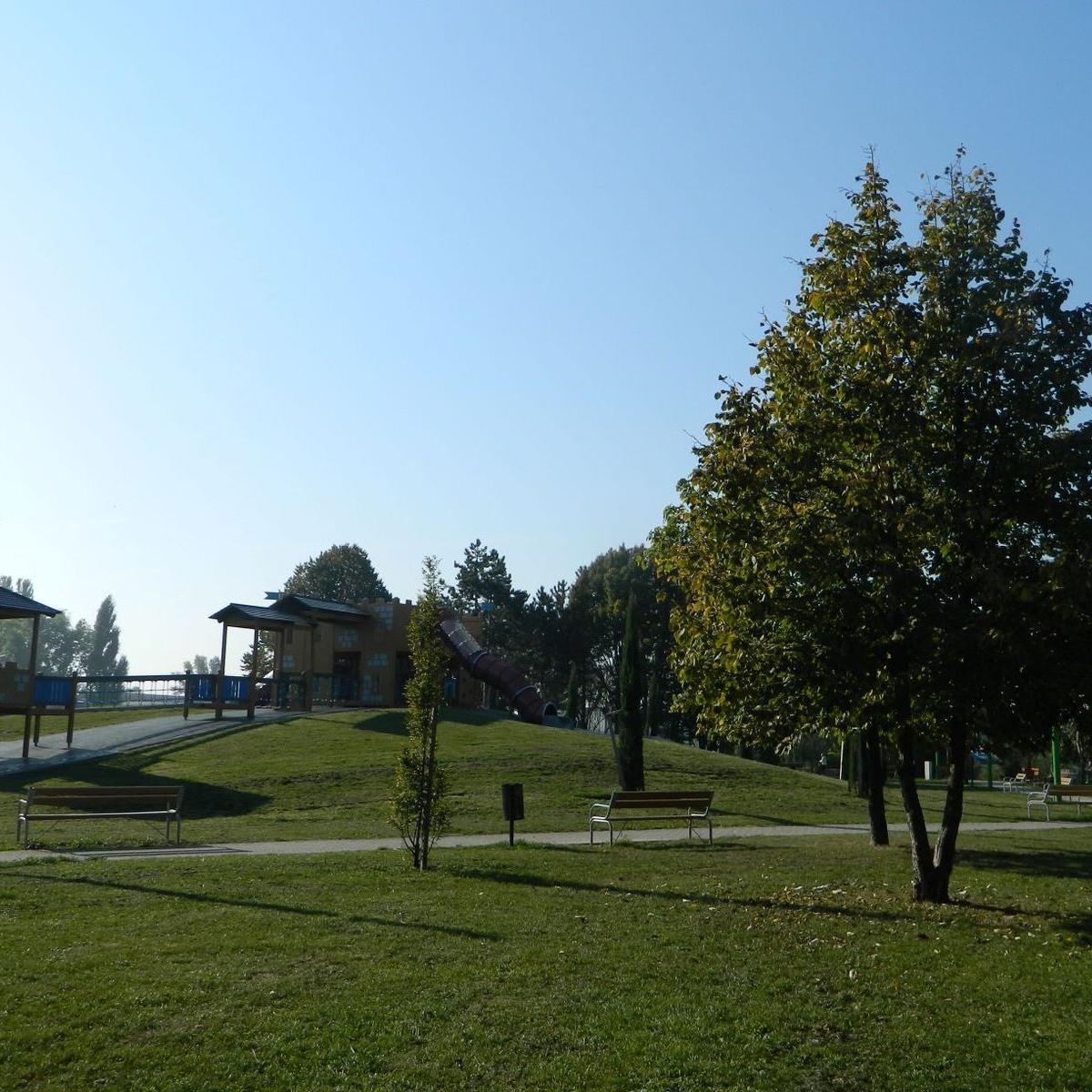 Eladó  panellakás (Győr) 18,9 M  Ft