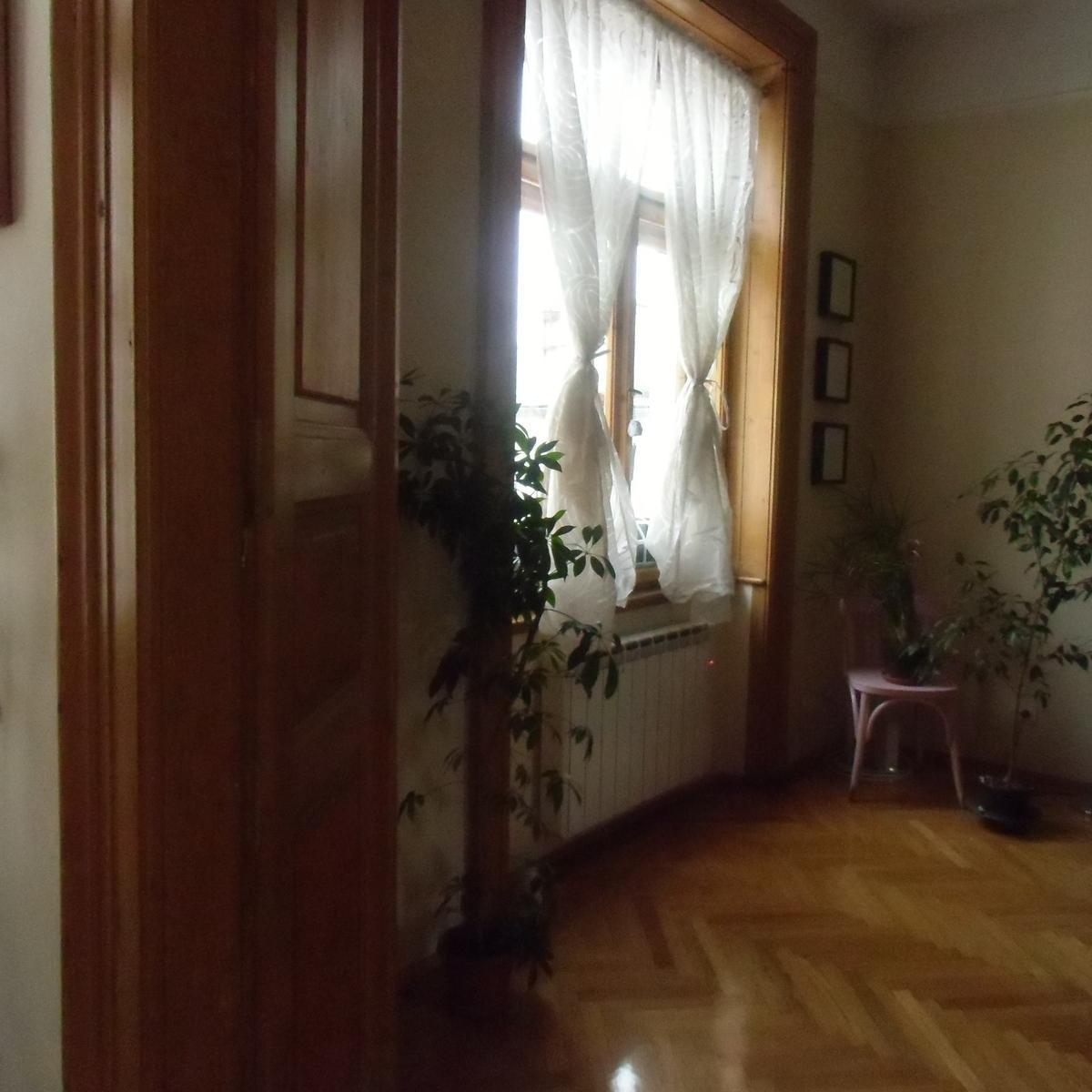 Eladó  téglalakás (Budapest, V. kerületBudapest, V. kerület, Aranykéz u.) 63 M  Ft