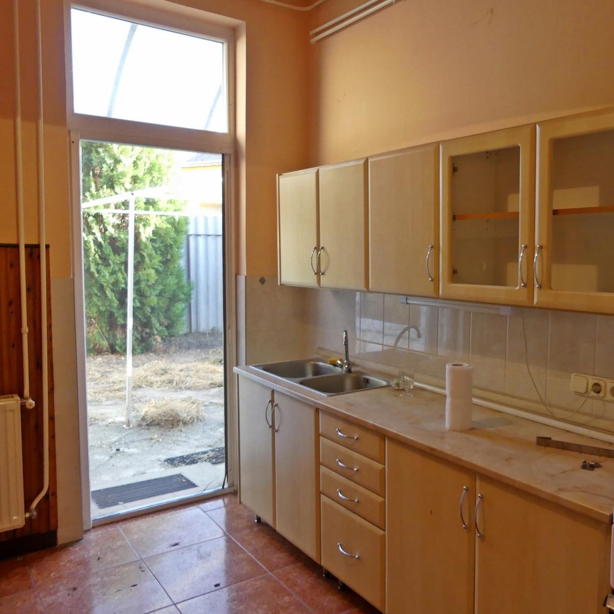 Eladó  családi ház (Budapest, XVII. kerület) 34,9 M  Ft