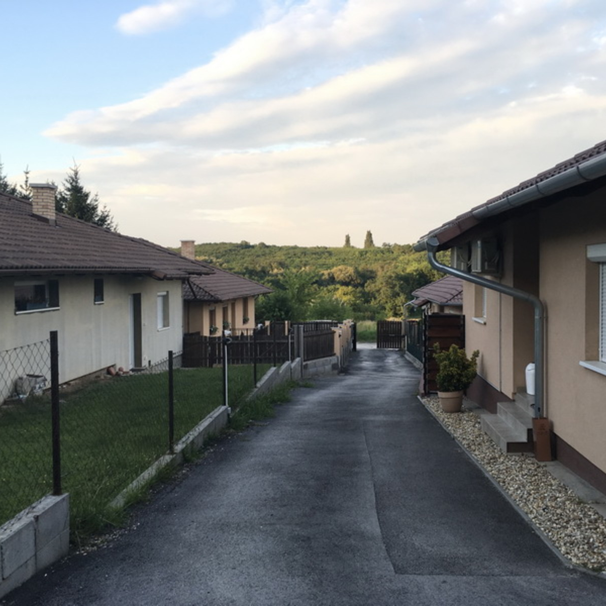 Eladó  ikerház (Csömör) 40,9 M  Ft