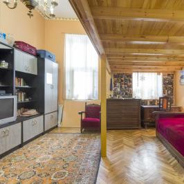 Eladó  téglalakás (Budapest, VI. kerület) 39,9 M  Ft