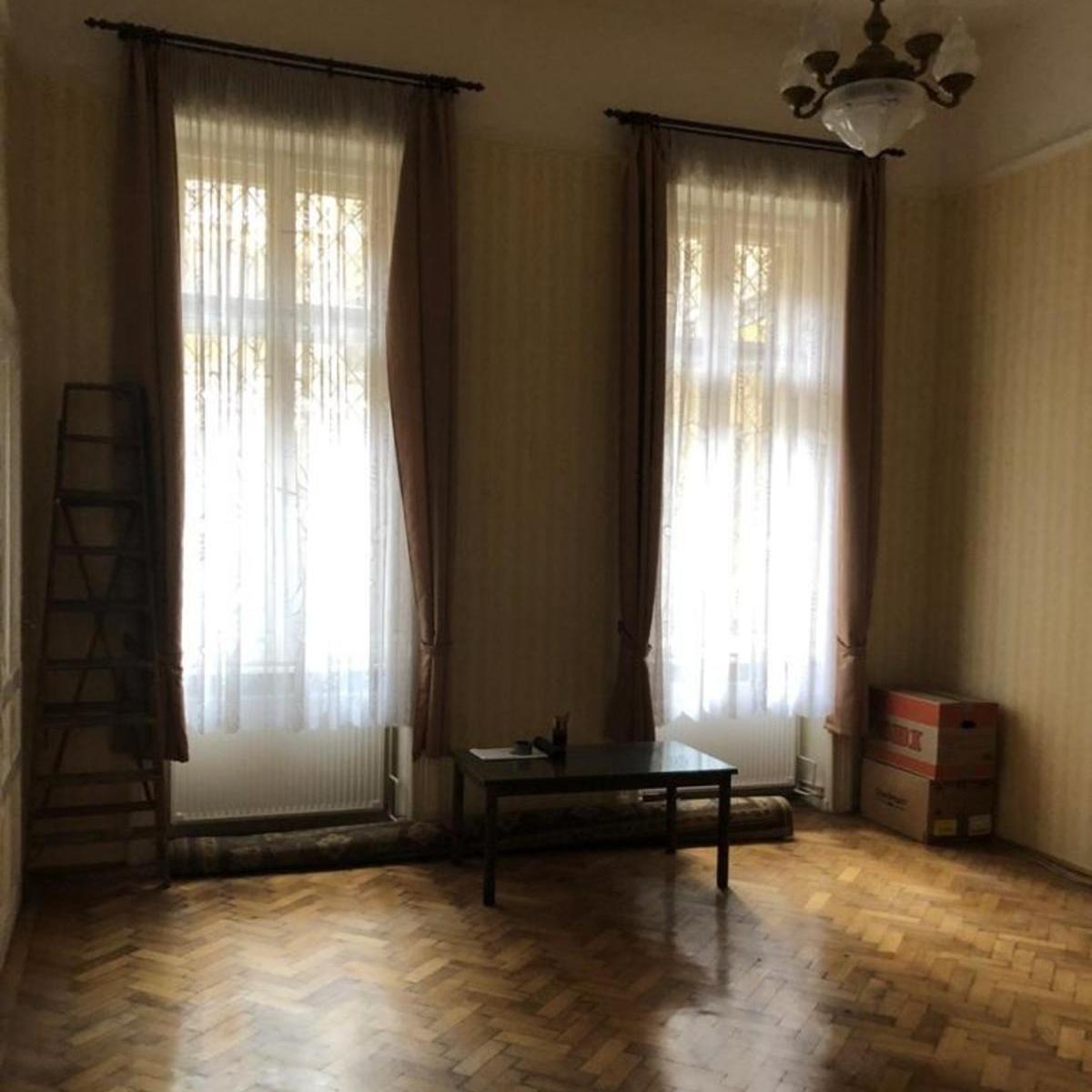 Eladó  téglalakás (Budapest, V. kerületBudapest, V. kerület, Szent István körút) 69 M  Ft