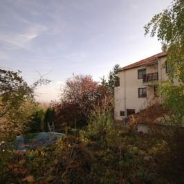 Kiadó  családi ház (Budapest, III. kerület) 590 E  Ft/hó