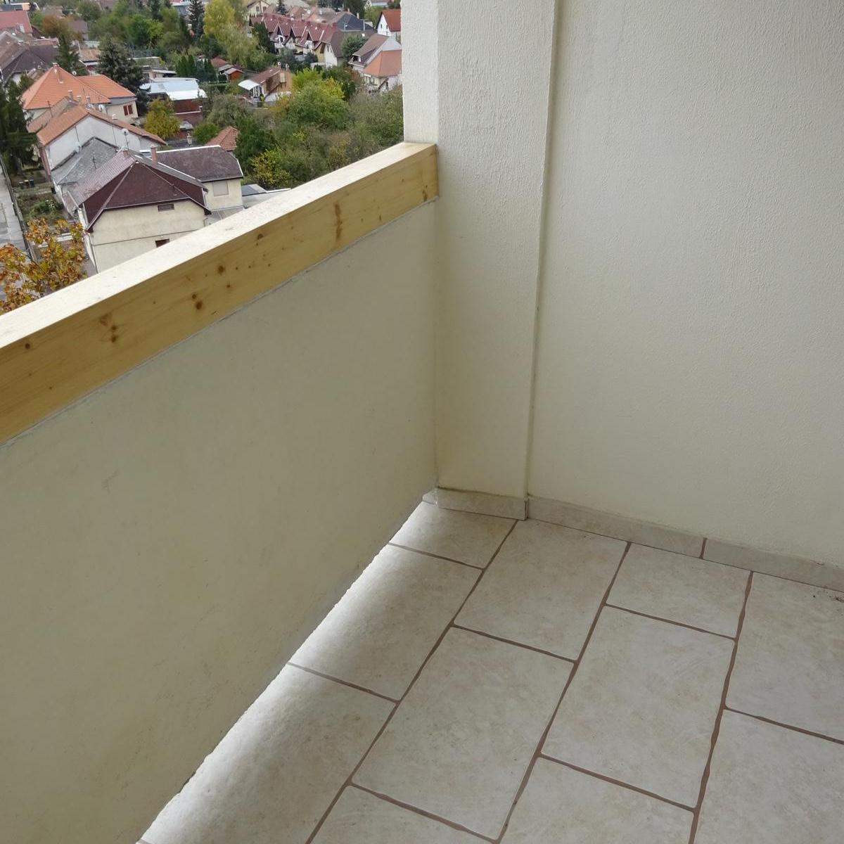 Eladó  panellakás (Budapest, XV. kerület) 31,5 M  Ft