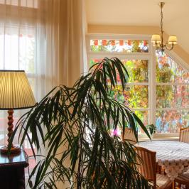 Eladó  családi ház (Leányfalu) 93,5 M  Ft