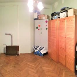 Eladó  téglalakás (Budapest, II. kerület) 64,89 M  Ft