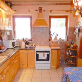Eladó  családi ház (Nagykovácsi, Cseresznyés) 85 M  Ft