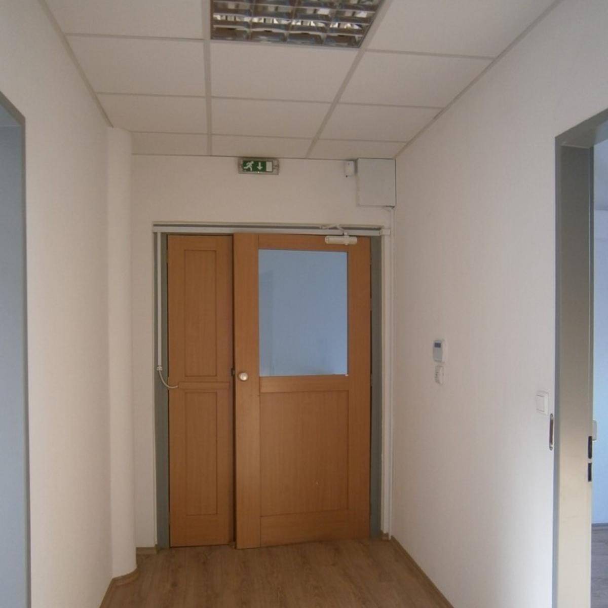 Kiadó  irodaházban B, B+ kat. (Budapest, XII. kerületBudapest, XII. kerület, Városmajor u.) 325,5 E  Ft/hó +ÁFA
