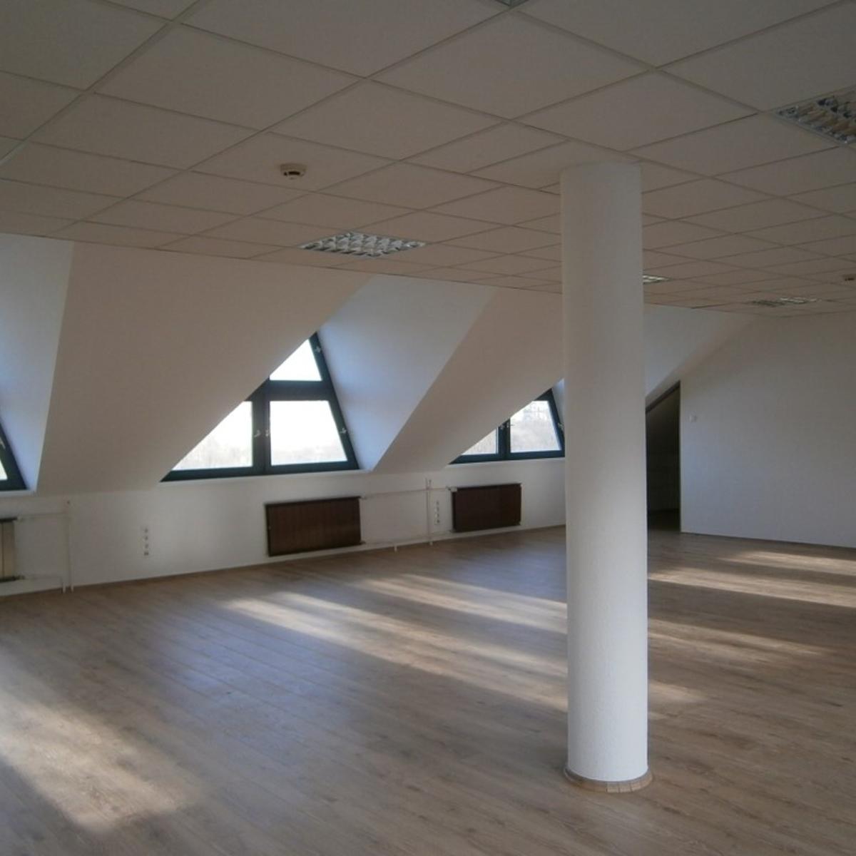 Kiadó  irodaházban B, B+ kat. (Budapest, XII. kerületBudapest, XII. kerület, Városmajor u.) 511,5 E  Ft/hó +ÁFA