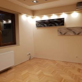 Kiadó  családi ház (Budapest, III. kerület) 1,8 M  Ft/hó