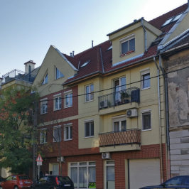 Eladó  iroda földszinti, utcai (Budapest, IV. kerület) 31,5 M  Ft