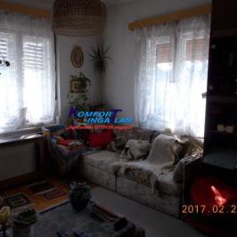 Eladó  családi ház (Békéscsaba) 10,9 M  Ft