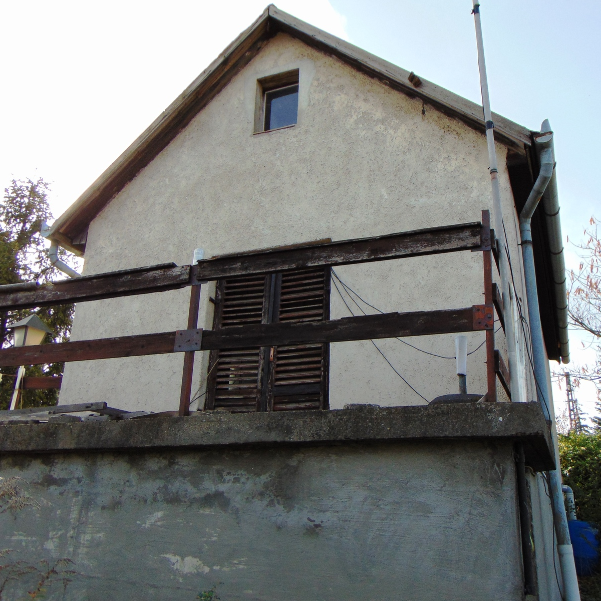 Eladó  telek (Budakalász) 15 M  Ft