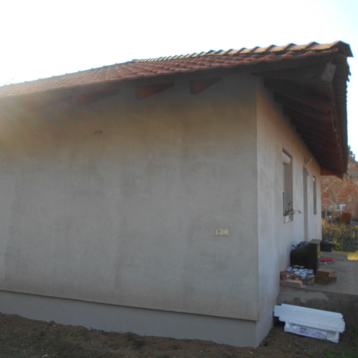 Eladó  családi ház (Erdőkertes) 27,9 M  Ft