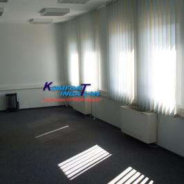 Kiadó  iroda (Békéscsaba, Békéscsaba-Belváros közeli) 250 E  Ft/hó +ÁFA