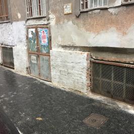 Eladó  üzlet (Budapest, VIII. kerület) 8,8 M  Ft
