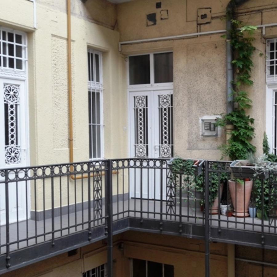 Eladó  téglalakás (Budapest, V. kerület) 159,8 M  Ft