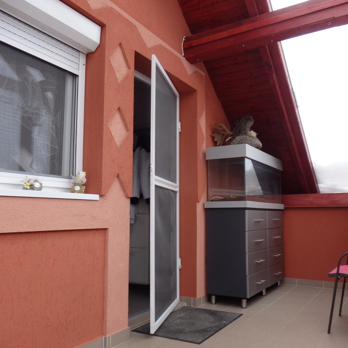 Eladó  családi ház (Csömör) 39,9 M  Ft