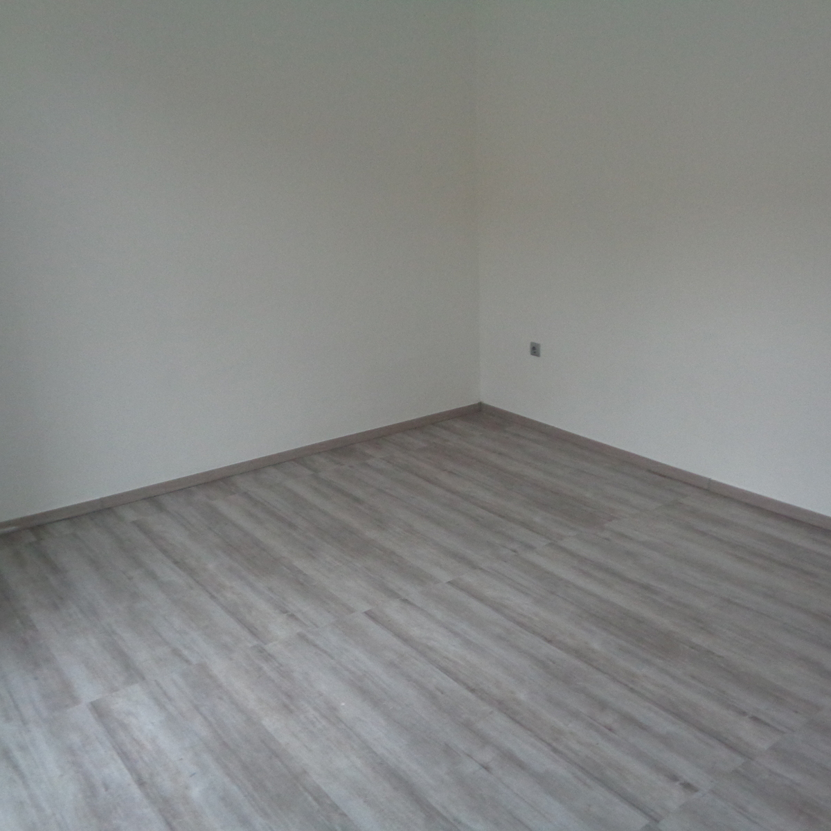Eladó  téglalakás (Nyíregyháza) 15,5 M  Ft