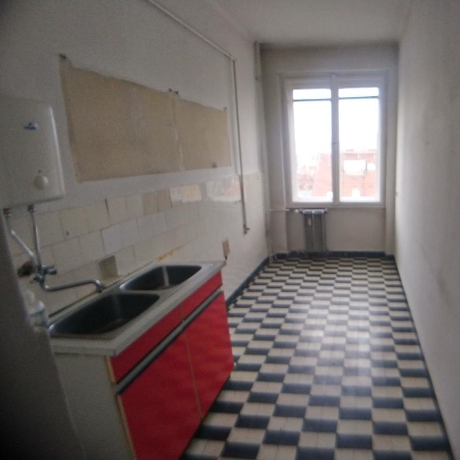 Eladó  téglalakás (Budapest, XI. kerület) 39,9 M  Ft