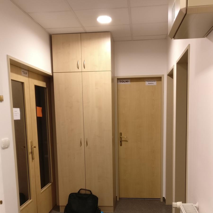 Kiadó  iroda (Budapest, V. kerület) 500 E  Ft/hó +ÁFA