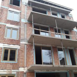 Eladó  téglalakás (Budapest, III. kerület) 49,91 M  Ft