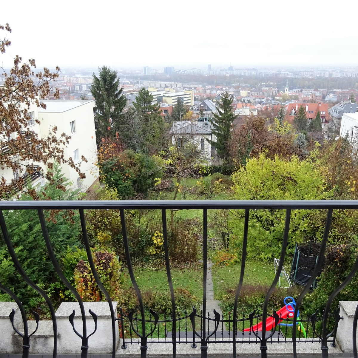 Kiadó  téglalakás (Budapest, II. kerület) 300 E  Ft/hó