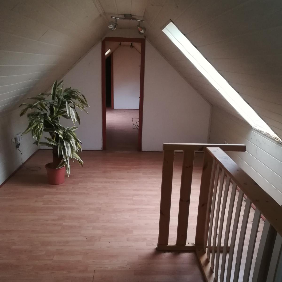 Eladó  vendéglátás (Budapest, XXII. kerület) 65 M  Ft