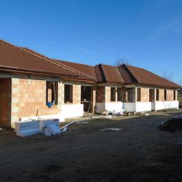 Eladó  ikerház (Nyíregyháza, Oros) 36 M  Ft