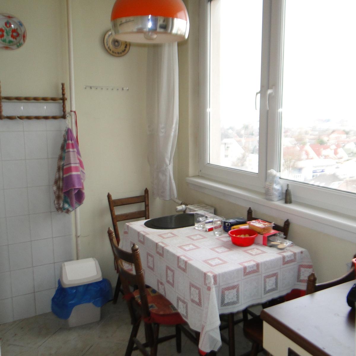 Eladó  panellakás (Budapest, XXI. kerület) 21,99 M  Ft