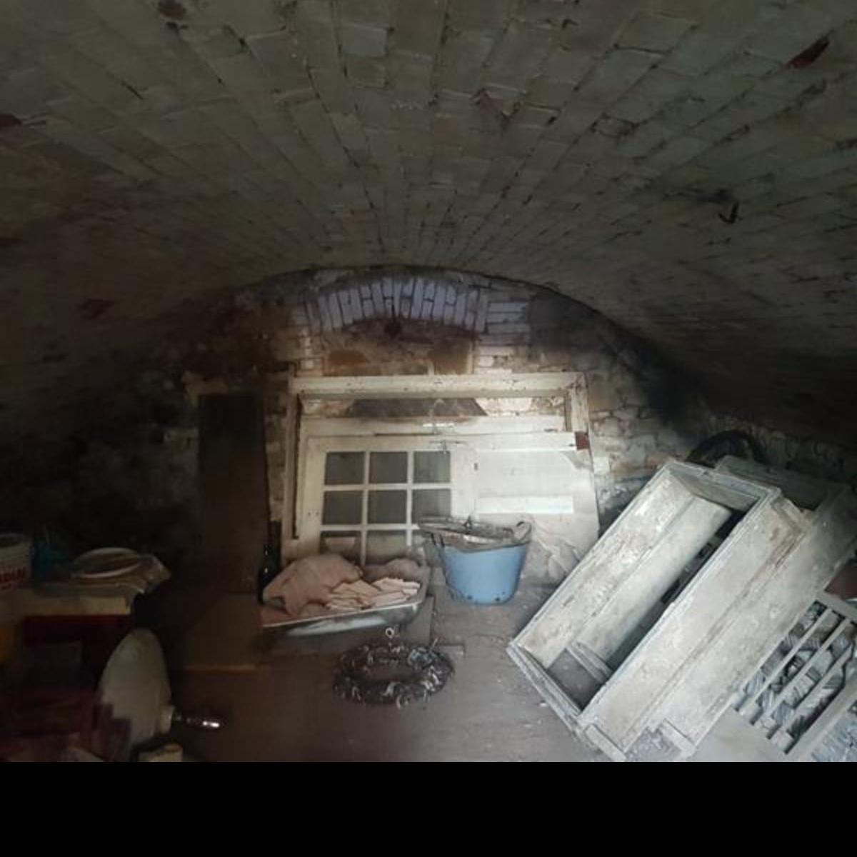 Eladó  családi ház (Szokolya) 12,5 M  Ft