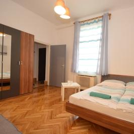 Eladó  téglalakás (Debrecen) 21,9 M  Ft