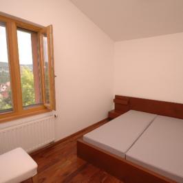Kiadó  családi ház (Budapest, II. kerület) 620 E  Ft/hó