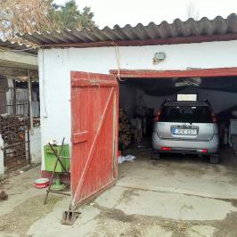 Eladó  családi ház (Kiskunlacháza, Pereg) 16 M  Ft
