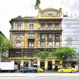 Eladó  téglalakás (Budapest, V. kerület) 59,9 M  Ft