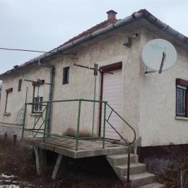 Eladó  családi ház (Szalkszentmárton) 6 M  Ft