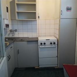 Eladó  téglalakás (Dunaújváros) 9,3 M  Ft