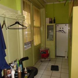 Kiadó  üzlethelyiség utcai bejáratos (Budapest, VI. kerület) 135 E  Ft/hó