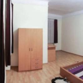Eladó  téglalakás (Budapest, VI. kerület) 45,8 M  Ft