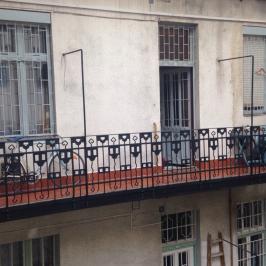Eladó  téglalakás (Budapest, VI. kerület) 35,5 M  Ft