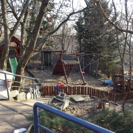 Eladó  családi ház (Szentendre, Szarvashegy) 62 M  Ft