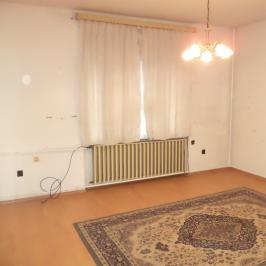 Eladó  családi ház (Zalaegerszeg, Belváros) 24,5 M  Ft