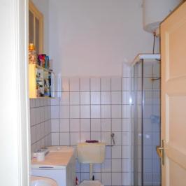 Eladó  téglalakás (Budapest, V. kerület) 56,9 M  Ft